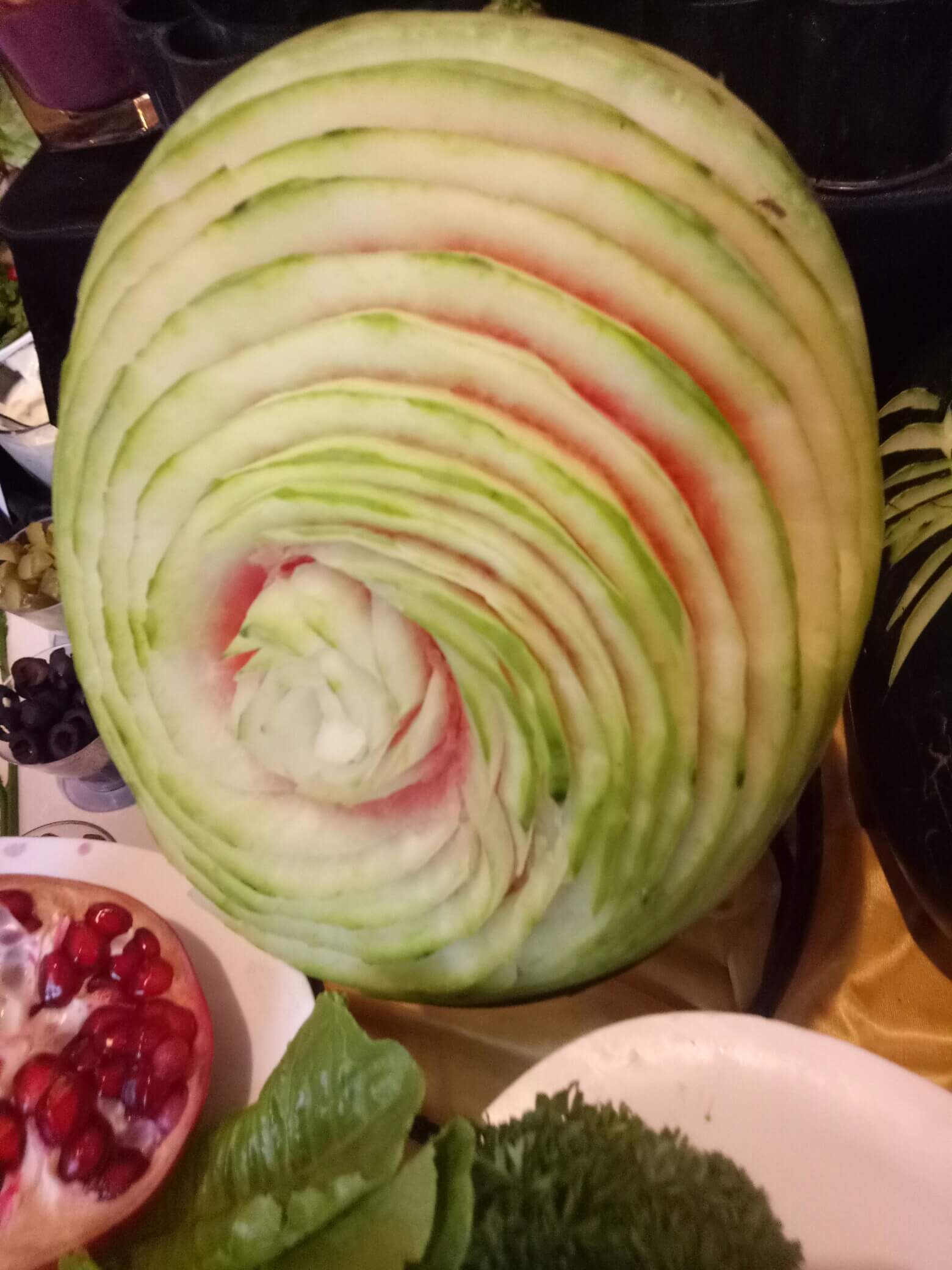 Learn how to make vegetable and fruit carving a art of