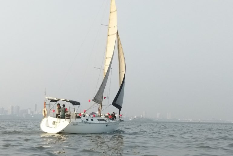 Yatch Ride in Mumbai with Kids
